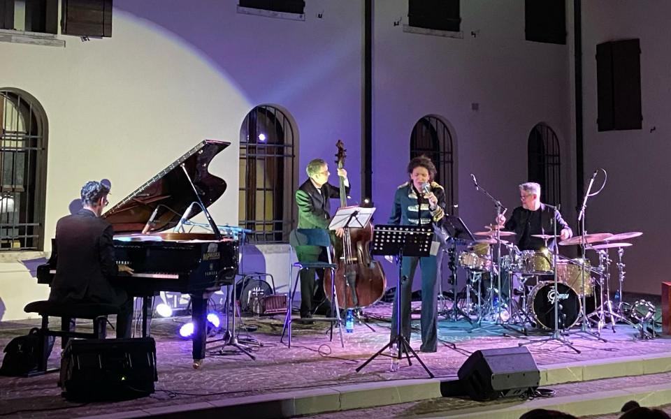 """Una serata per sognatori: I Beatles in Jazz per """"Il dono di Rossana"""""""